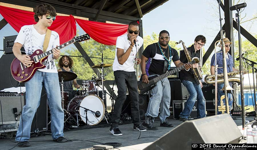 trombone shorty performing live with orleans avenue