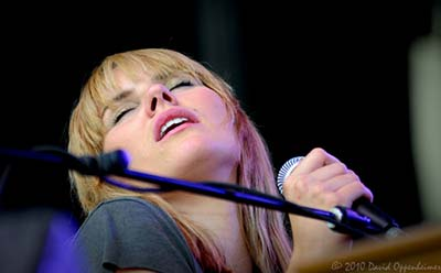 grace potter and the nocturnals performing live