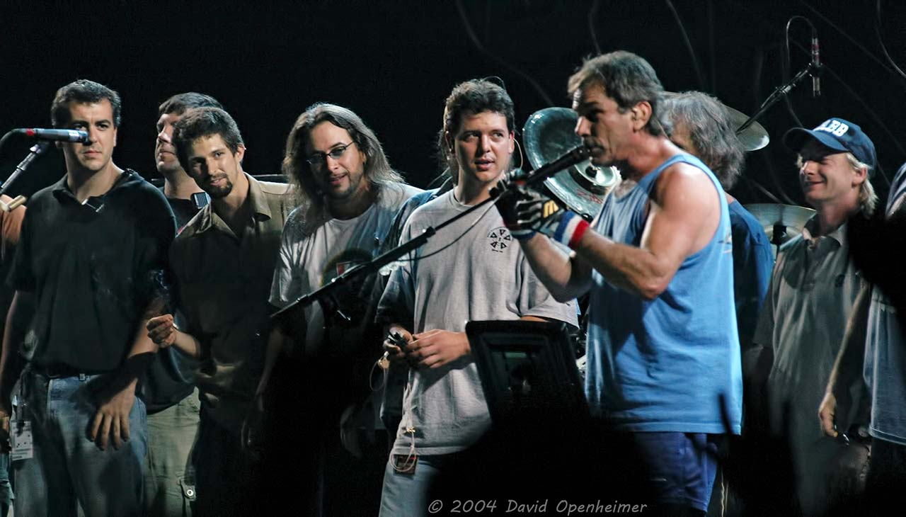 The Dead at HiFi Buys Amphitheater 2004