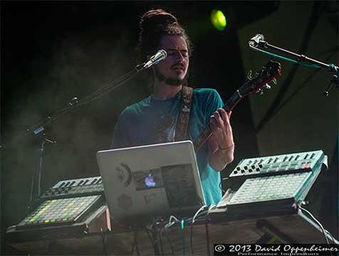 Papadosio Concert Photos